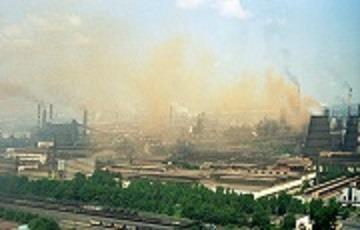 zavody-dymyat-vo-vsyu